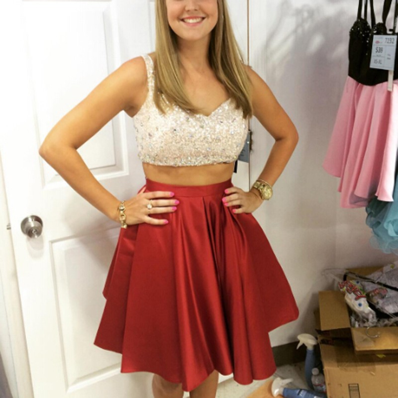 Red Two Piece V-neck Pleat Short Homecoming Dresses With Sequined on ... fff98d8e9