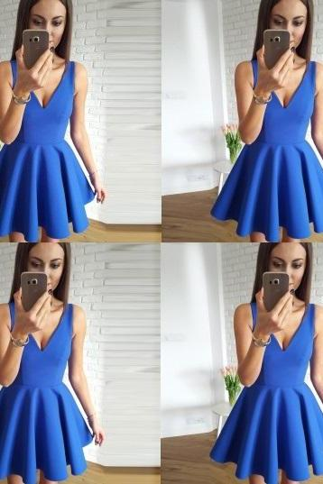 Cute Blue V-neck Straps Stain Short Homecoming Dresses