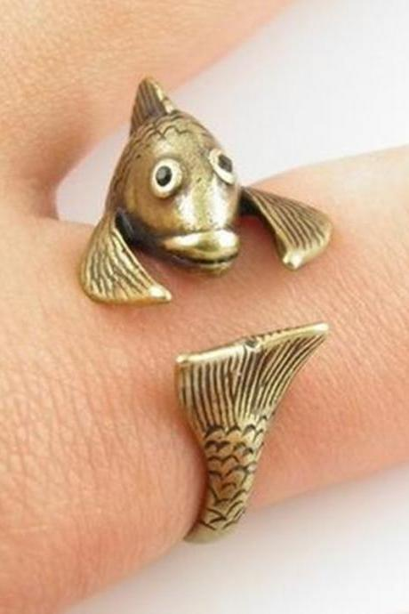 Retro Adjustable Fish Animal Wrap Ring