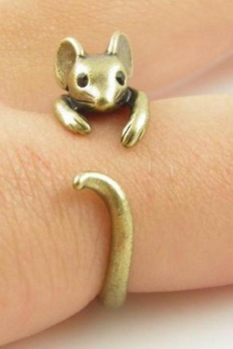 Retro Adjustable Mouse Animal Wrap Ring